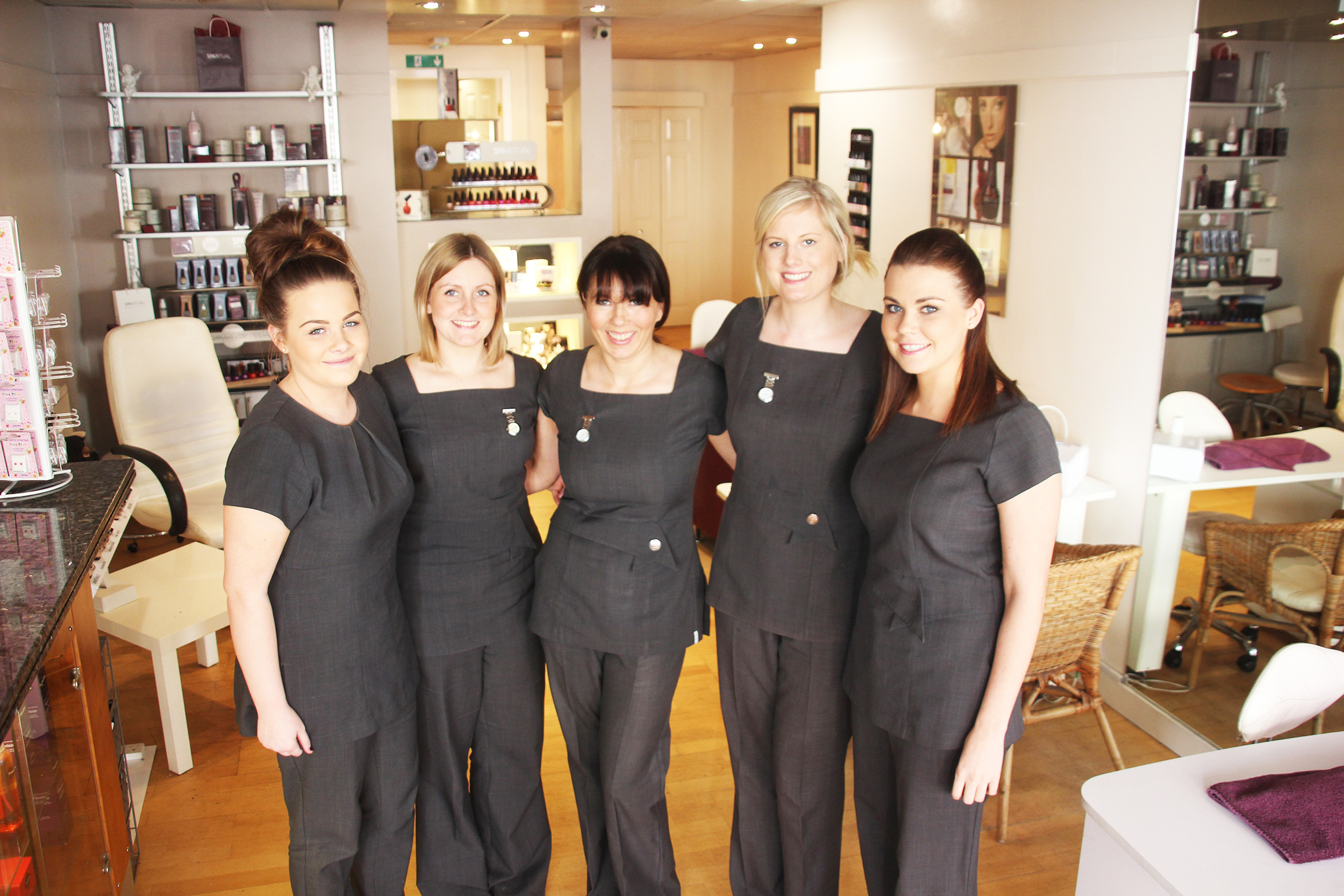 Cutting edge new look for lees beauty salon saddleworth for A new look salon