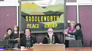 Midori Yamada (second generation Hibakusha); Jacqui Burke (GM&D CND); Shigeo Kobayashi (Translator); Cllr Derek Heffernan (Oldham's Mayor); Liz Green (Saddleworth Peace Group member); and Reiko Yamada (Hibakusha)